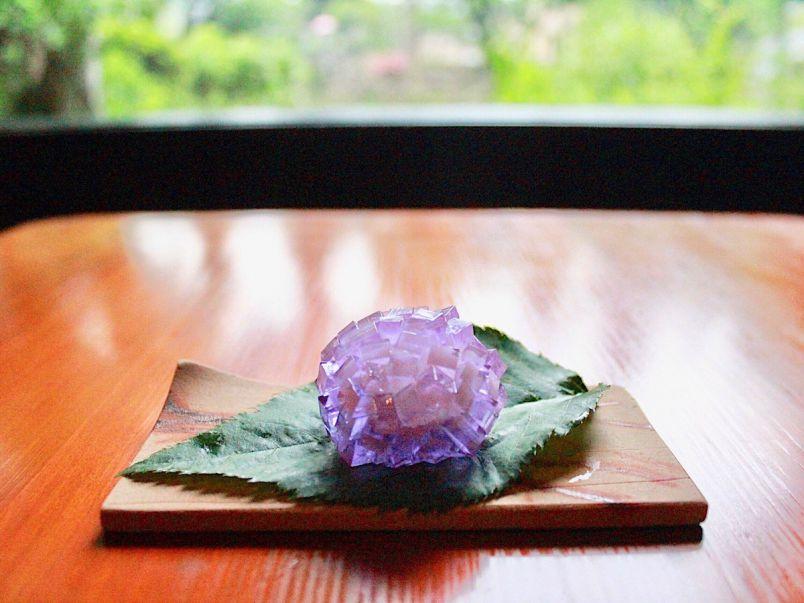 キラキラのあじさいスイーツにうっとり。北鎌倉・老舗和菓子店の6月限定上生菓子
