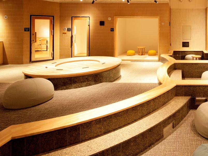 リラクゼーションスパで働き方改革?! お風呂場に女性専用ワーキングスペース誕生