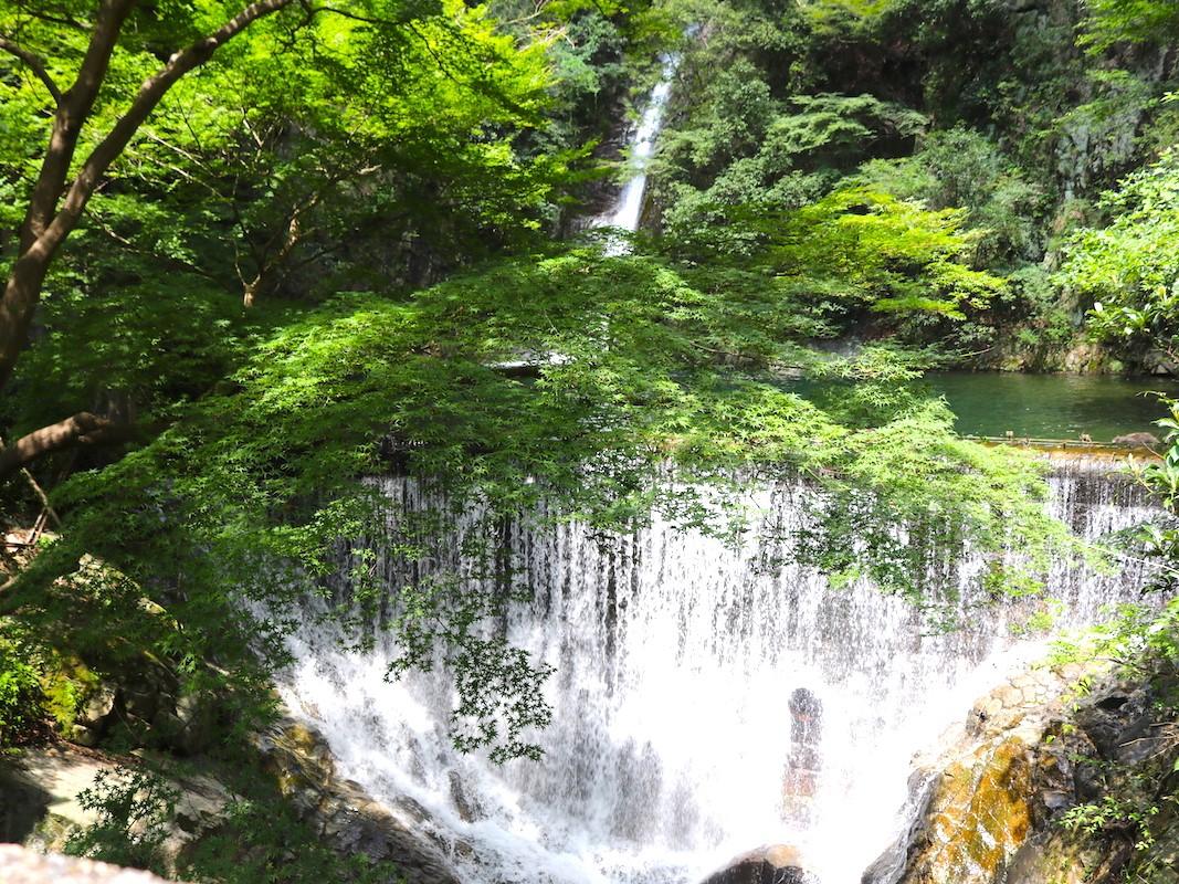 癒しの休日におすすめ!神戸の絶景「布引の滝」でパワーチャージ ...