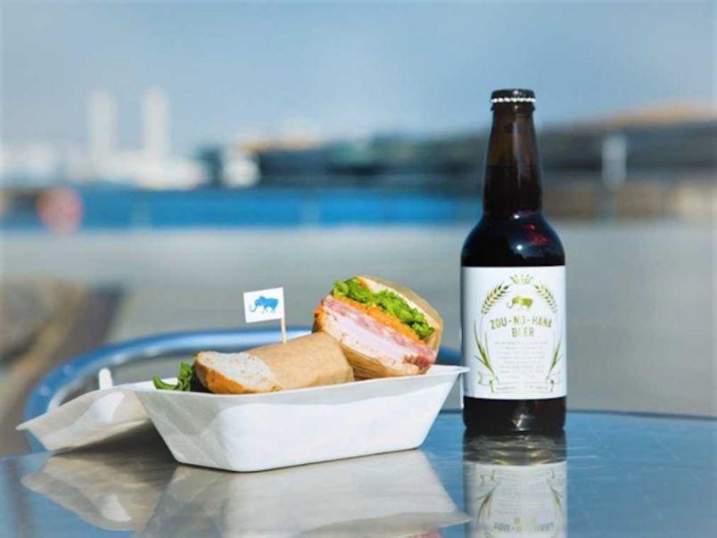 テイクアウトフードで海沿いピクニック!横浜の港をのんびり散策しよう