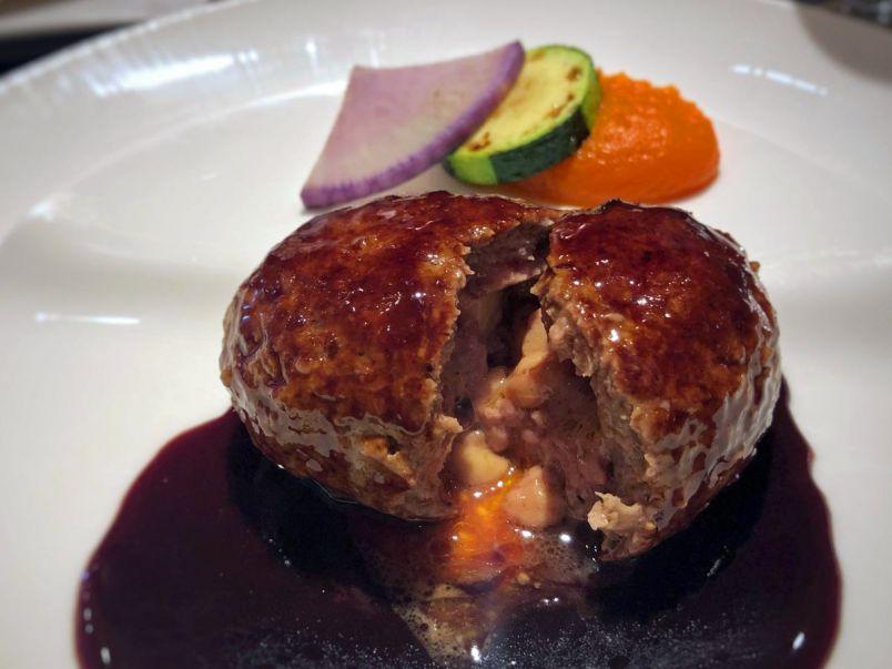 お肉の旨みをたっぷり堪能!肉汁あふれるハンバーグ9選