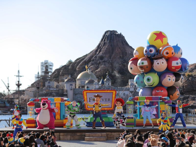 東京ディズニーシーでピクサーの仲間たちと楽しめる!参加型エンターテインメント「ピクサー・プレイタイム・パルズ」