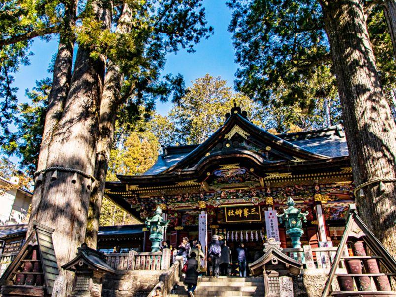 関東最強パワースポット!?息を飲むほどの絶景広がる「三峯神社」で願う縁結び