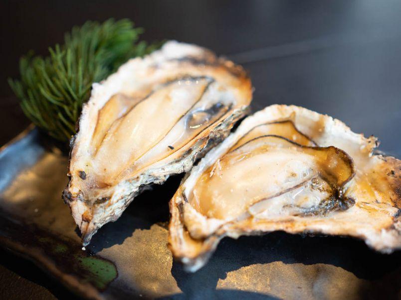 上質な広島牡蠣を宮島で。牡蠣づくしの定食で贅沢ランチ