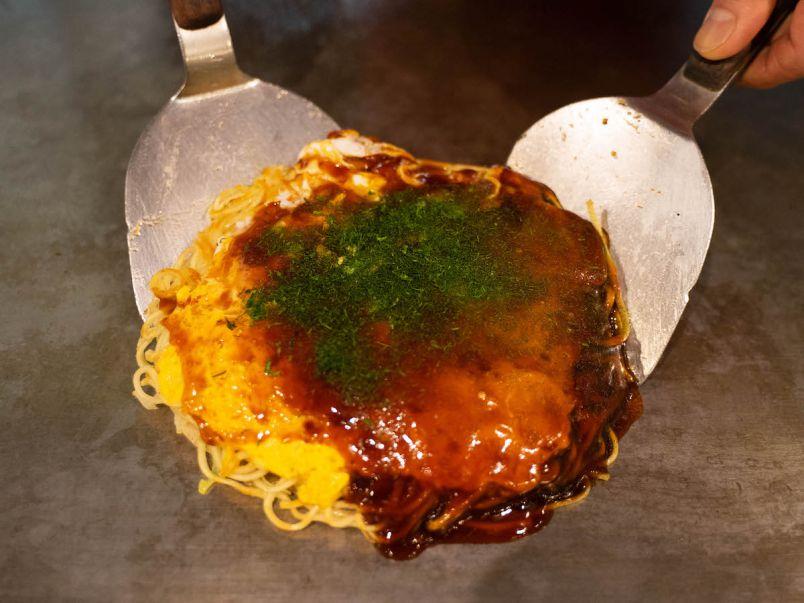 元祖・広島流お好み焼! 名店「みっちゃん総本店」が伝統の味の誕生秘話を教えてくれました。