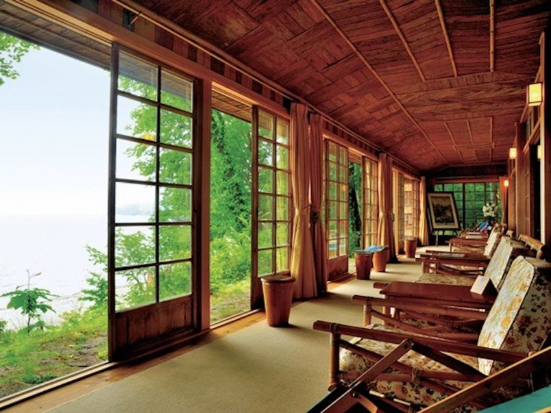 レトロ建築とクラシカルな湖畔のリゾート・中禅寺湖モデルプラン