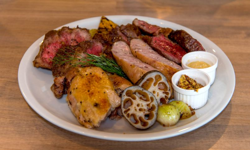酒好き女子も、食欲の秋を楽しみたい!肉料理がおいしい高田馬場のお店4選