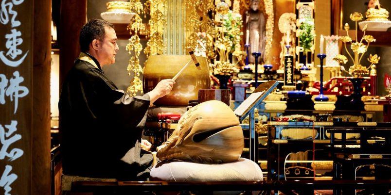 京都の寺院共存型ホテルで「朝のお勤め」を体験してみた!【御朱印女子の宿泊レポ】