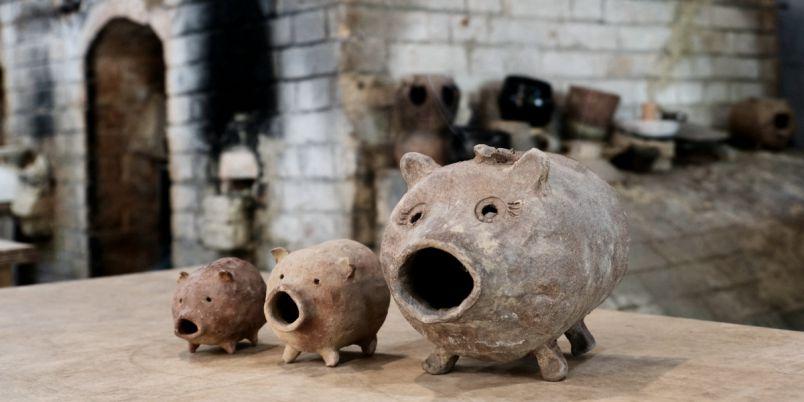 """北鎌倉のシェアアトリエ「たからの庭」でお手軽陶芸体験!愛らしい""""蚊遣り豚""""作り"""