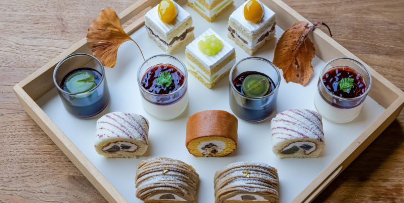 「ホテルニューオータニ」の絶景ラウンジでご褒美スイーツビュッフェ!大人気モンブランや3種のショートケーキも食べ比べ